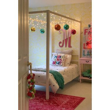 Holiday Decor in Kids Bedroom
